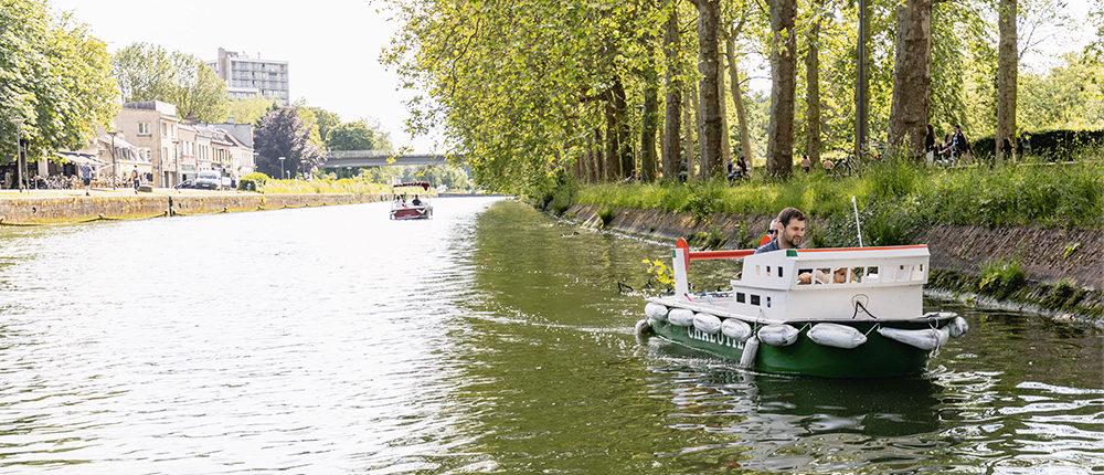 Des bateaux pour enfants à l'entrée de la Citadelle à Lille