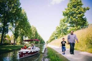 Balade en bateau sans permis au parc Bergère
