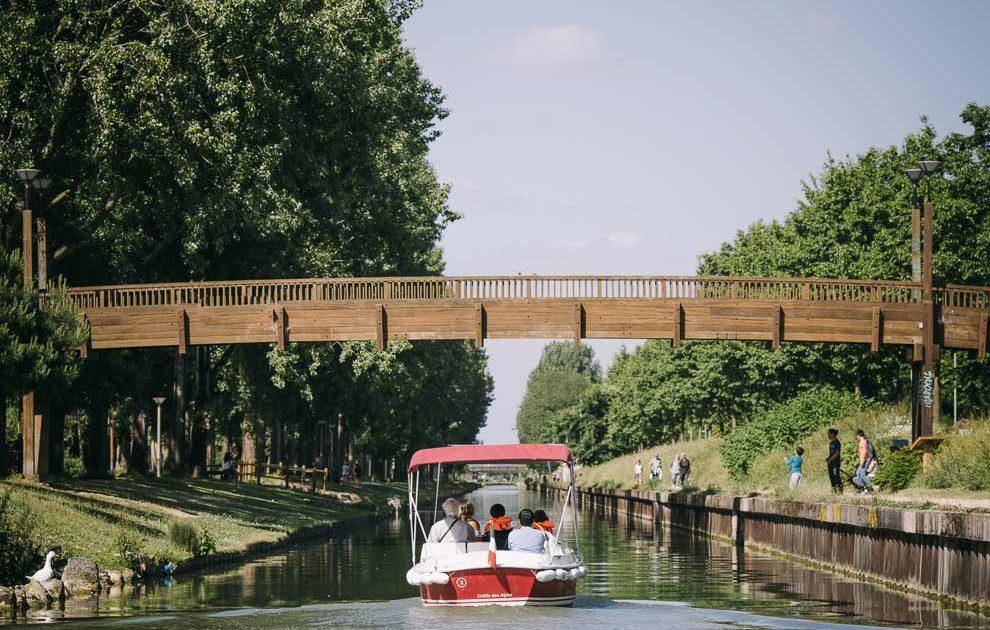 Balade en bateau sans permis sur la Marne
