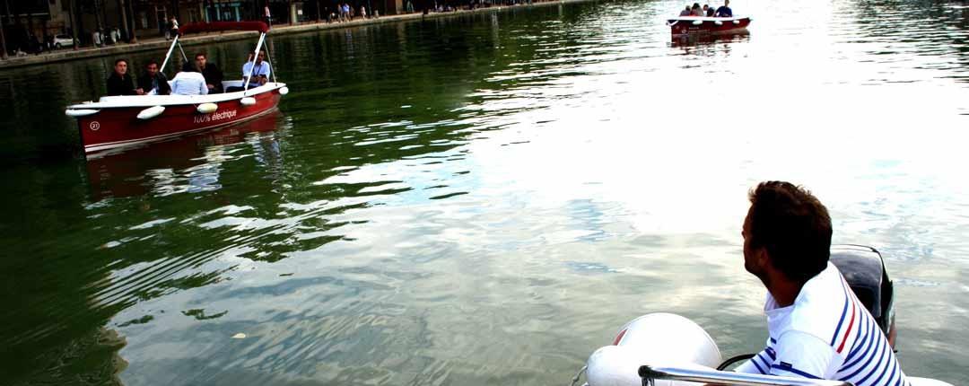 Sur le bassin de la Villette, notre équipe vous accompagne durant votre journée Team Building