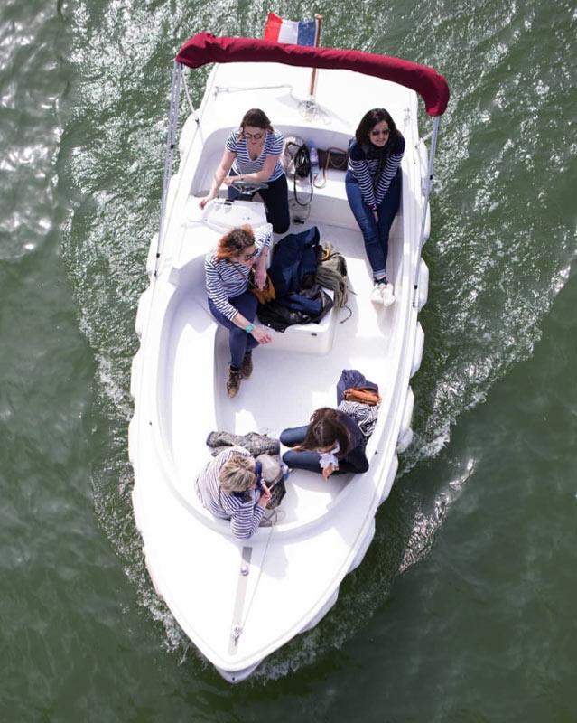 Découvrir Strasbourg en bateau électrique et sans permis