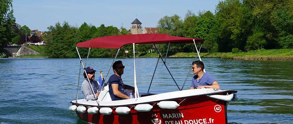Itinéraire 2H à Meaux : Emportez de quoi vous restaurer sur nos bateaux électriques et sans permis