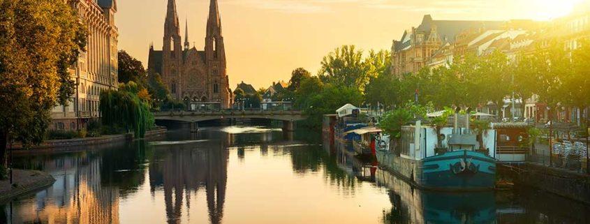Itinéraire 1H - Balade en bateau sans permis au coeur de Strasbourg