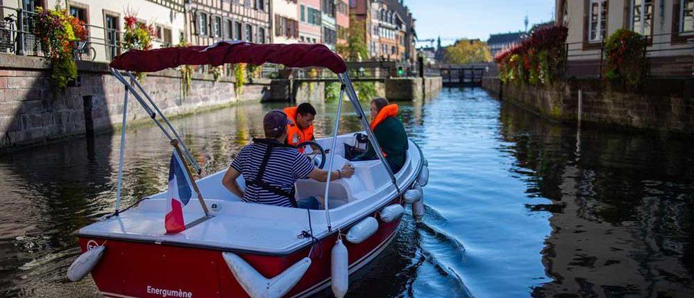 La Petite France : Balade en bateau électrique dans le centre de Strasbourg