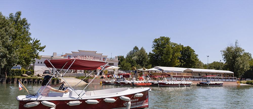 Location de bateaux électriques sans permis à Meaux près de Paris