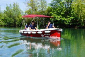 Mise au vert : sur la Marne en bateaux électriques et sans permis