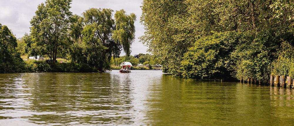 Les itinéraires bateau à Lille : Une balade en bateau sur la deûle entre paysage urbain et campagne lilloise