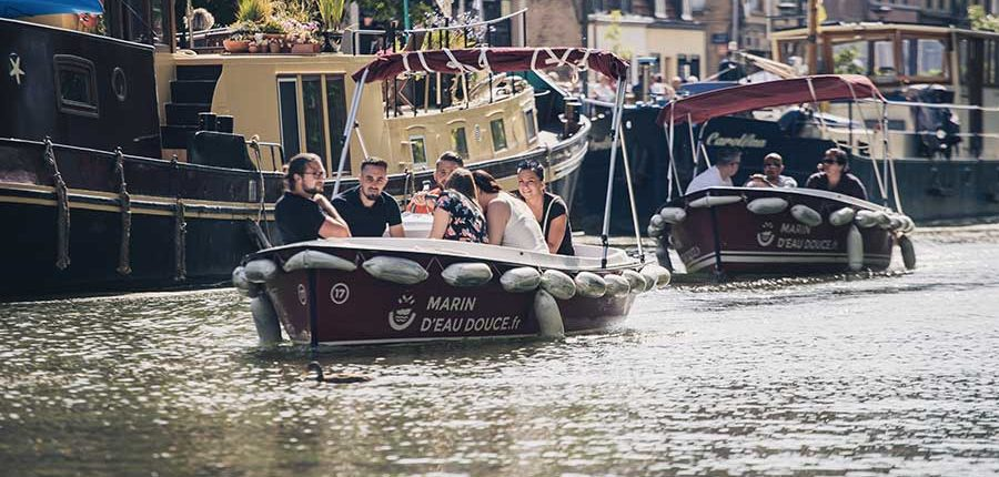 Prendre son temps : parcours en bateaux électriques sur la Deûle à Lille
