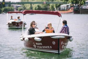 Réserver un bateau électrique via son comité d'entreprise