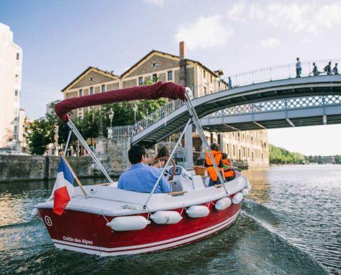 Sortie insolite à Paris en bateau électrique