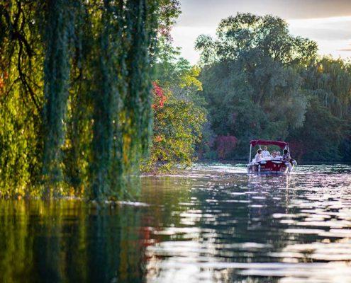 Strasbourg nature : Louez un bateau électrique pour naviguer sans permis sur l'Ill