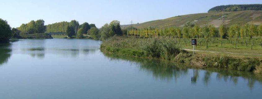 Sur la Marne en bateau sans permis