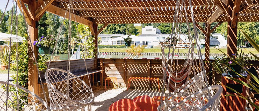 Plage de Meaux : profitez d'une terrasse avec transat et hamac pour vous détendre à Meaux