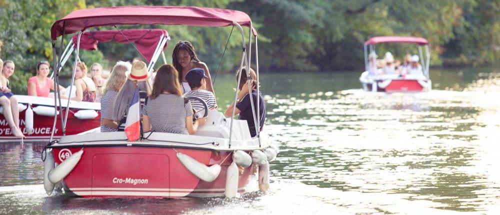 Venez louer un bateau électrique et sans permis sur la Deûle